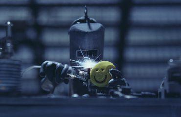 شجاعت رو از انیمیشن MORE یاد بگیر